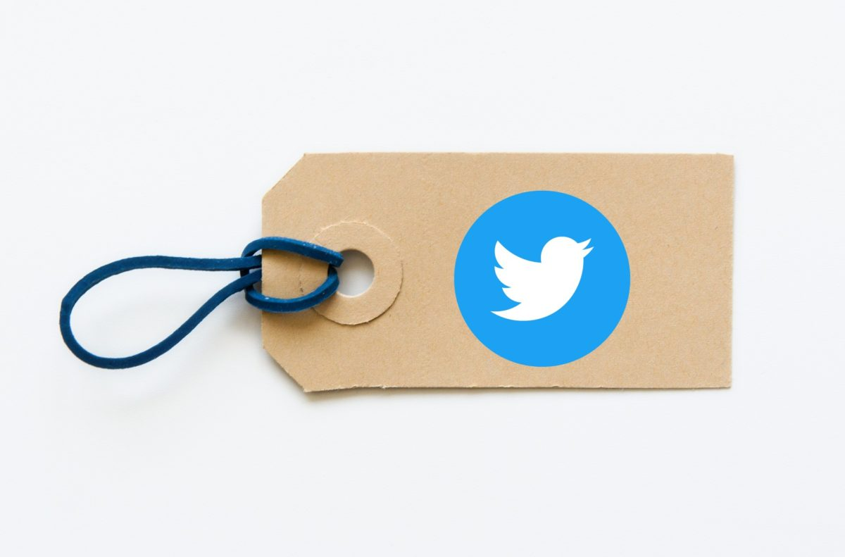 How to tag multiple people on Twitter